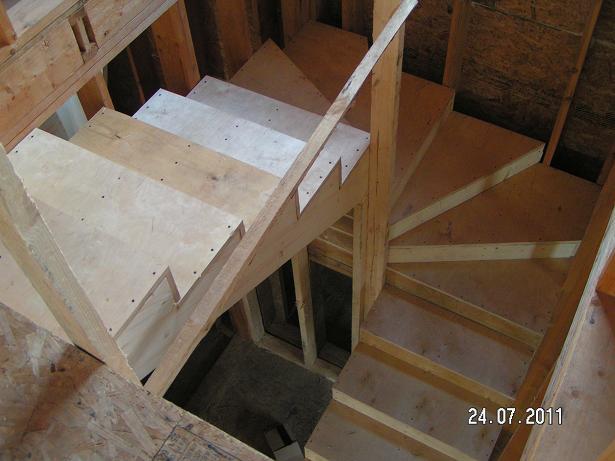 Как сделать лестницу из фанеры своими руками 45