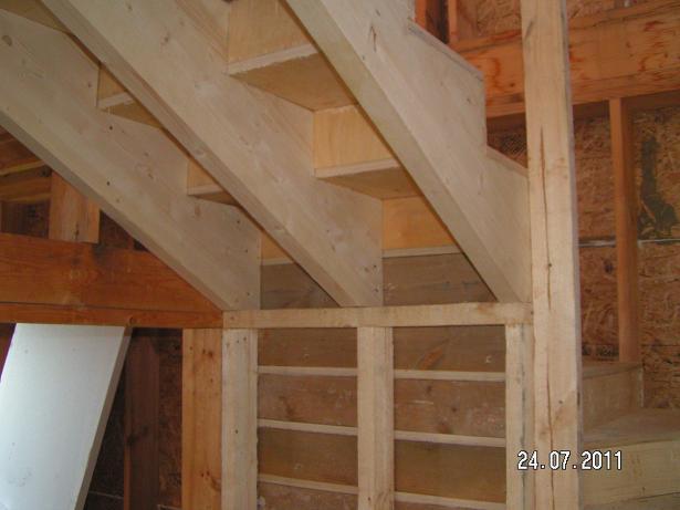 Деревянные лестницы своими руками в каркасном доме